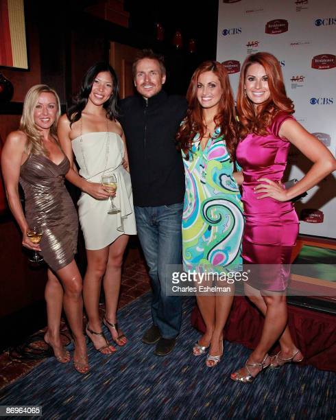 The Amazing Race 14 host Phil Keoghan and contestants Jodi Wincheski Tammy Jah Cara Rosenthal and Jamie Edmondson attend the finale party at the The...