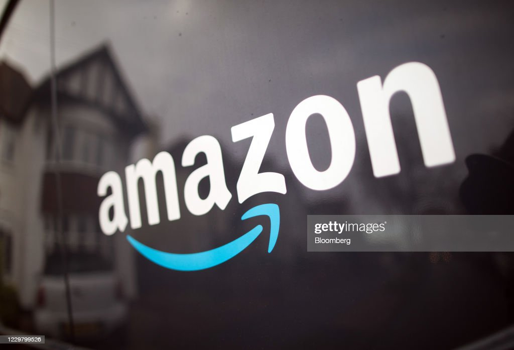 Amazon.com Inc Deliveries Ahead Of Black Friday : News Photo