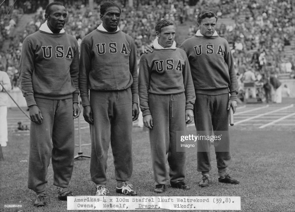 The American 4 X 100 Meters Team Wins The Gold Medal. From Left To Right Jessie Owens - Ralph Metcalf - Foy Draper - Frank Wykoff. Olympic Games In Berlin. 9Th August 1936.  Photograph. : News Photo