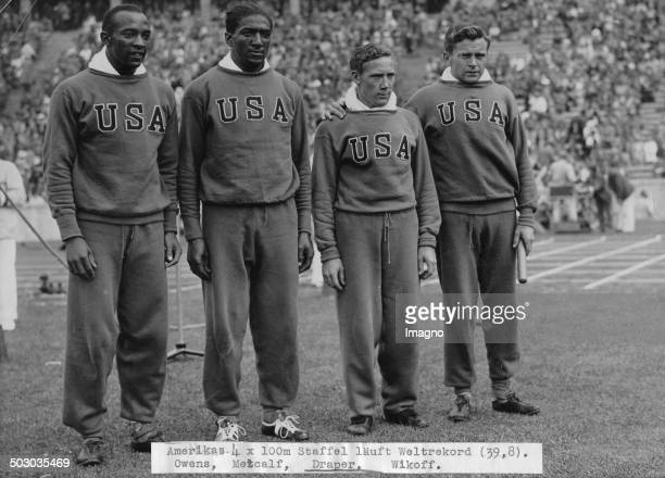 The American 4 x 100 meters team wins the gold medal From left to right Jessie Owens Ralph Metcalf Foy Draper Frank Wykoff Olympic Games in Berlin...