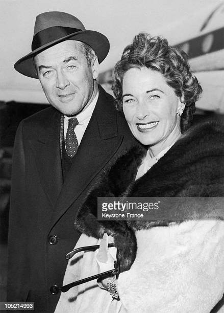 The American Actor James Stewart And His Wife Gloria Hatrick Mclean At The Airport Of London On January 12 1959 For The Promotion Of The Film Bell...