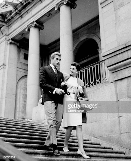 The American actress Esther Williams and the Argentine actor Fernando Lamas during a visit to 'Prado Museum' Madrid Spain
