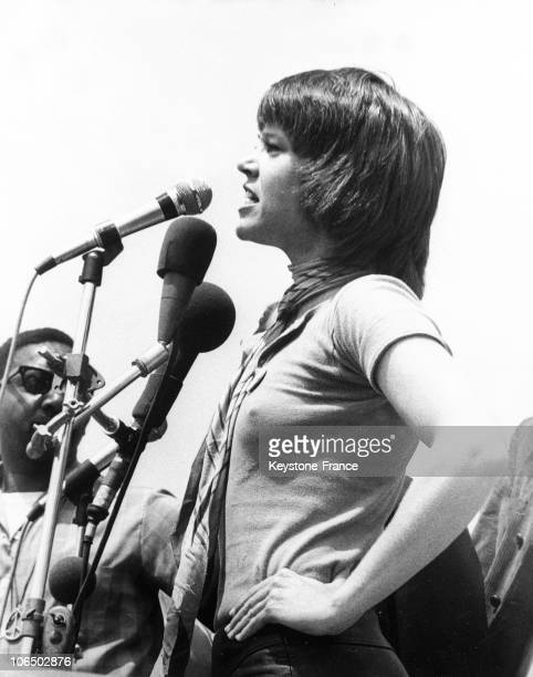 The American Actress Jane Fonda Giving A Speech For The Retreat Of American Troops In Vietnam On May 11 Near The White House In Washington DC