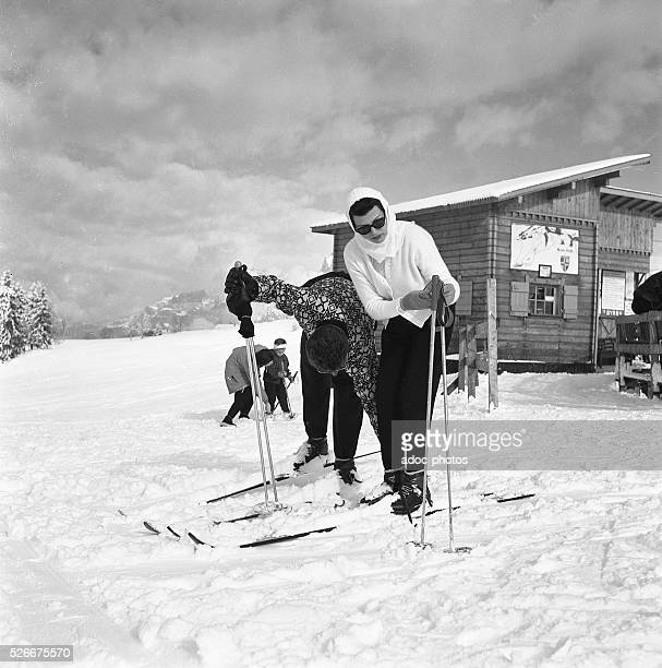 The American actress Rita Hayworth taking a ski lesson in Meg��ve In 1956