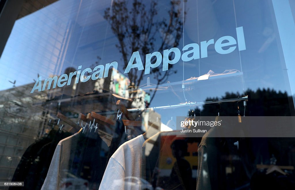 American Apparel Begins Laying Off Workers Ahead Of Closing : News Photo