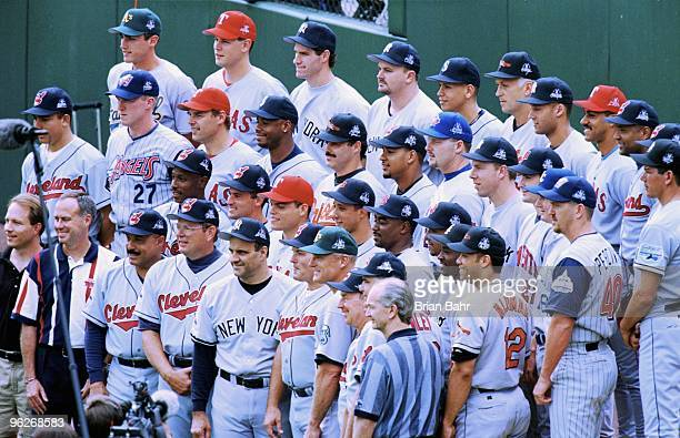 The American League poses for a team photo during the MLB All-Star Game at Coors Field on July 7, 1998 in Denver, Colorado. The American League...