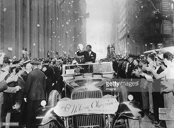 The American runner and threetime Olympic champion Jesse Owens at the return in USA Broadway 13 Semptember 1936 P Photograph