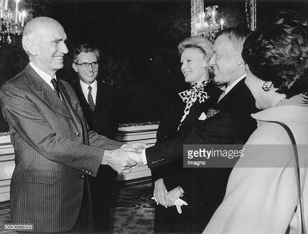 The American singer and entertainer Frank Sinatra and his wife Barbara Sinatra received by Austrian Federal President Rudolf Kirchschlaeger in the...