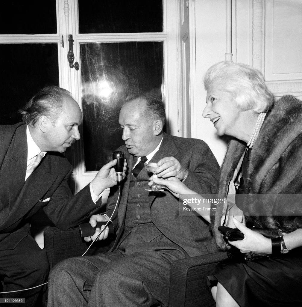 Vladimir Nabokov In Paris In 1959 : News Photo