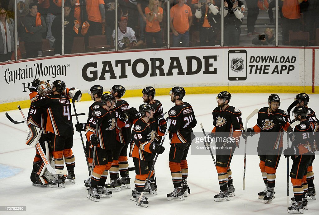 Chicago Blackhawks v Anaheim Ducks - Game One : News Photo