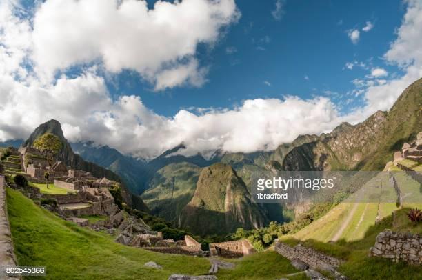 La ville antique de Machu Picchu au Pérou
