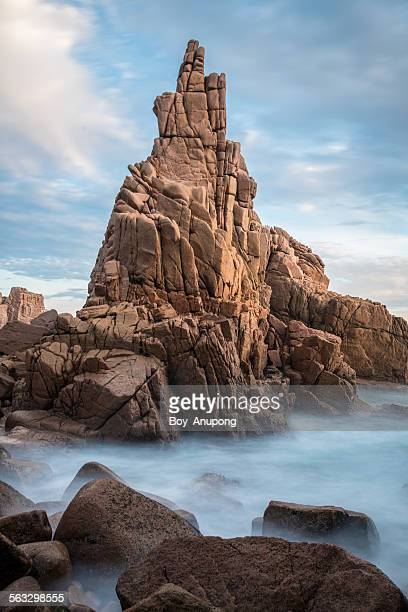 the ancient rock, pinnacles, australia. - phillip island stock pictures, royalty-free photos & images