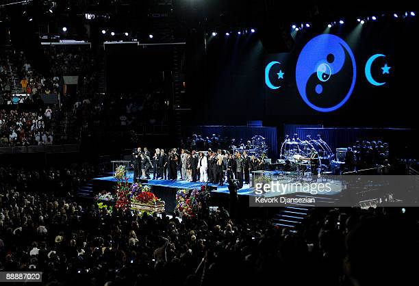 The Andrea Crouch Sungers Andrea Sandra Crouch Youth Choir and Jackson family members and friends perform 'We Are The World' at the Michael Jackson...