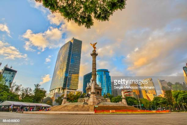 the angel of independence - mexico city, mexico - mexico city stock pictures, royalty-free photos & images