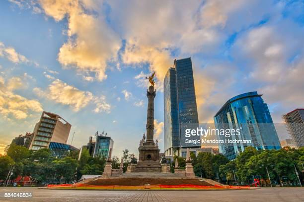 the angel of independence - mexico city, mexico - independence monument mexico city stock pictures, royalty-free photos & images