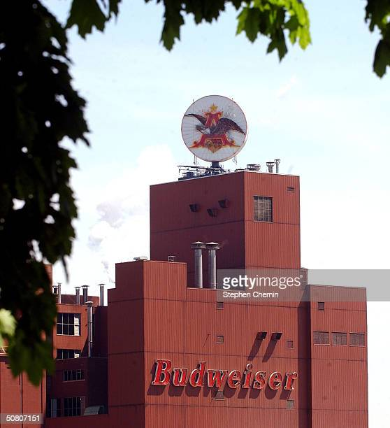 The AnheuserBusch factory sign is seen May 6 2004 in Elizabeth New Jersey AnheuserBusch has offered to buy a 29 percent stake in a leading Chinese...
