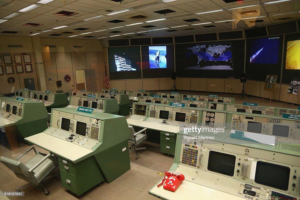 A Visit to the Johnson Space Center : Nachrichtenfoto