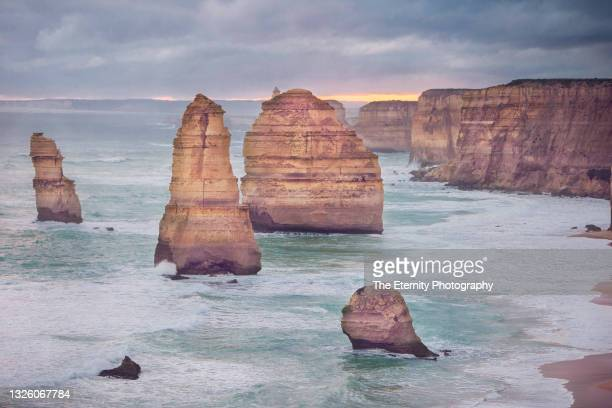 the apostles, great ocean road, victoria, australia - 2017 stock pictures, royalty-free photos & images