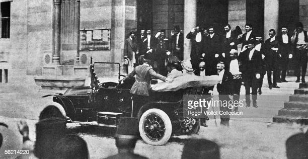 The archduke FrancisFerdinand and the duchess Sophie leaving the town hall of Sarajevo to go to the hospital where was the aidedecamp wounded a few...