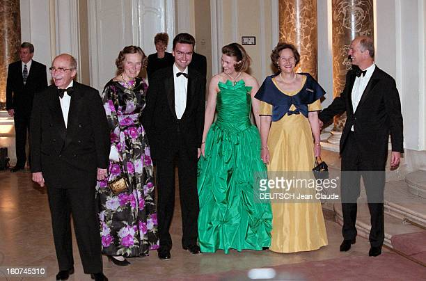 The Archiduc Georg Of Habsburg Marries The Duchess Eilika Of Oldenburg In Budapest. A Budapest, en Hongrie, le 18 octobre 1997, Lors de leur mariage,...