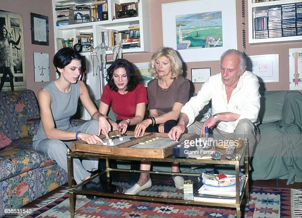 The Argentina actress Rossana Yanni with her husband Johnny and daughters Shona and Sharon 16th April 1996 Madrid Spain