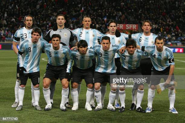 The Argentina team pose for a photograph during the International Friendly match between France and Argentina at the Stade Velodrome on February 11...