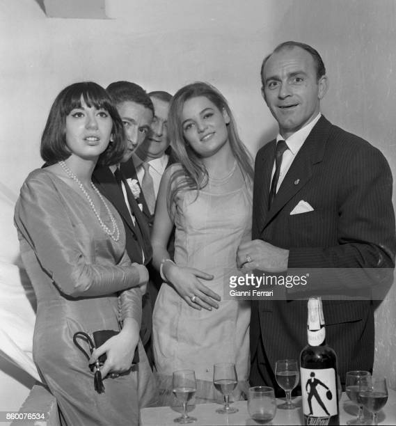 The Argentine soccer player Alfredo Di Stefano with a group of admirers Madrid Spain