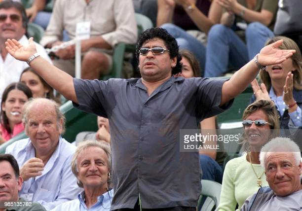 The argentinian star soccer player Diego Armando Maradona is seen reacting during the tennis game of friend Gastón Gaudio who won 63 64 and 62...