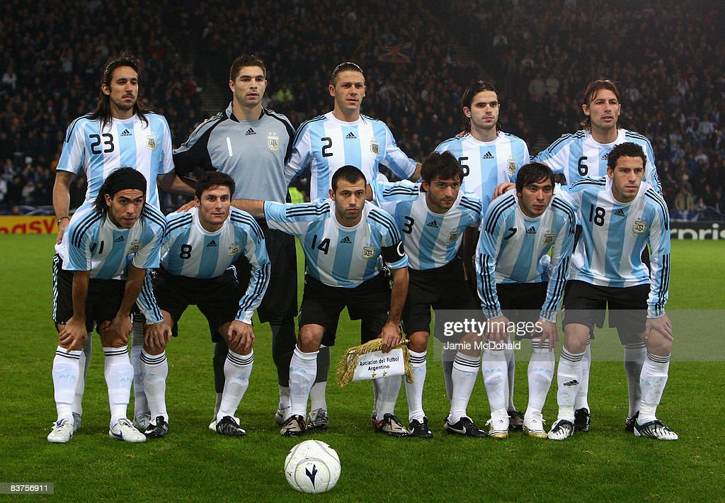 The Argentinian team line up for a team photo during the International Friendly match between Scotland and Argentina at Hampden Park on November 19, 2008 in Glasgow, Scotland.