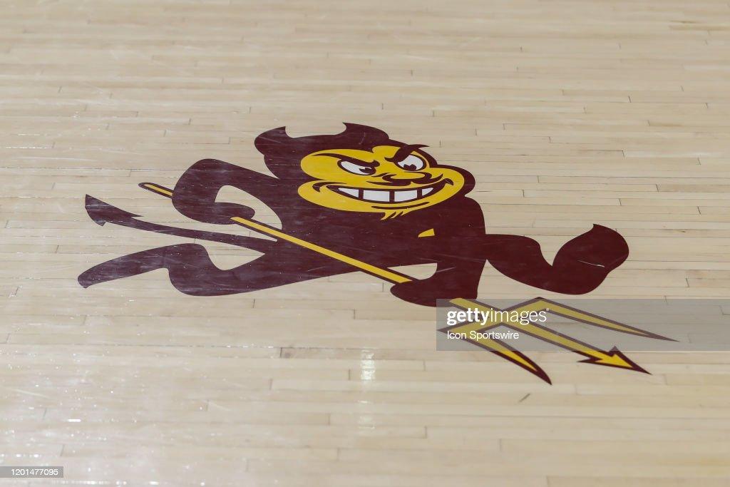 COLLEGE BASKETBALL: FEB 08 USC at Arizona State : News Photo