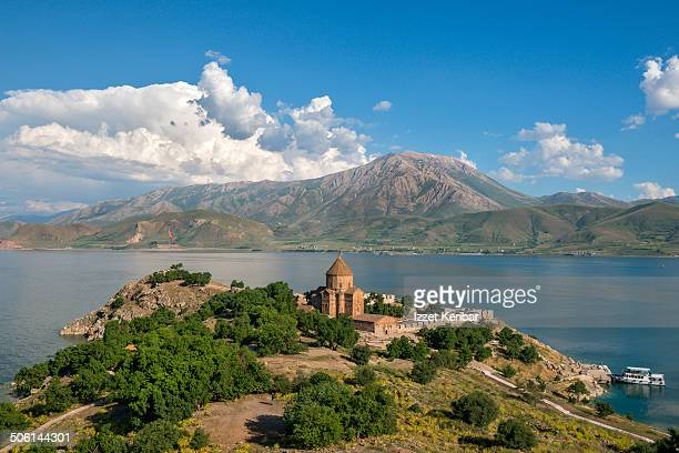 the armenian cathedral in akdamar island, van - van turkey stock pictures, royalty-free photos & images