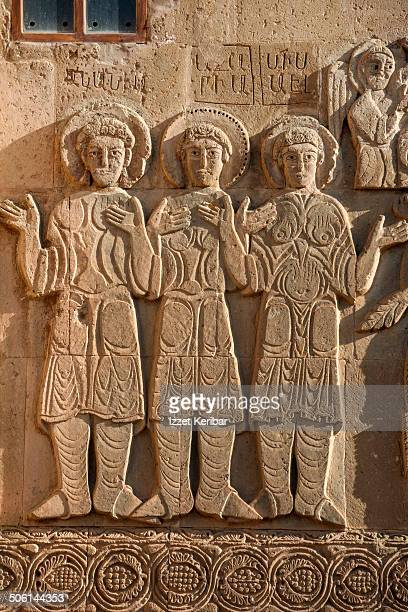 the armenian cathedral in akdamar island, van - bas relief stock pictures, royalty-free photos & images