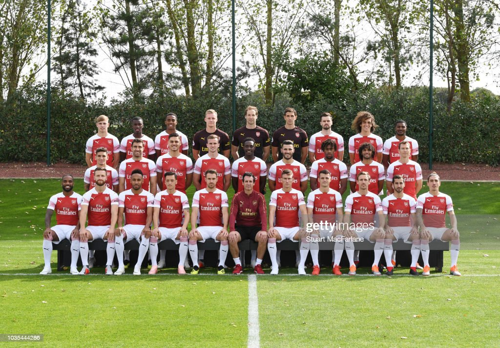 Arsenal 1st Team Squad Photocall