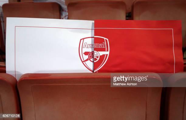 The Arsenal club badge