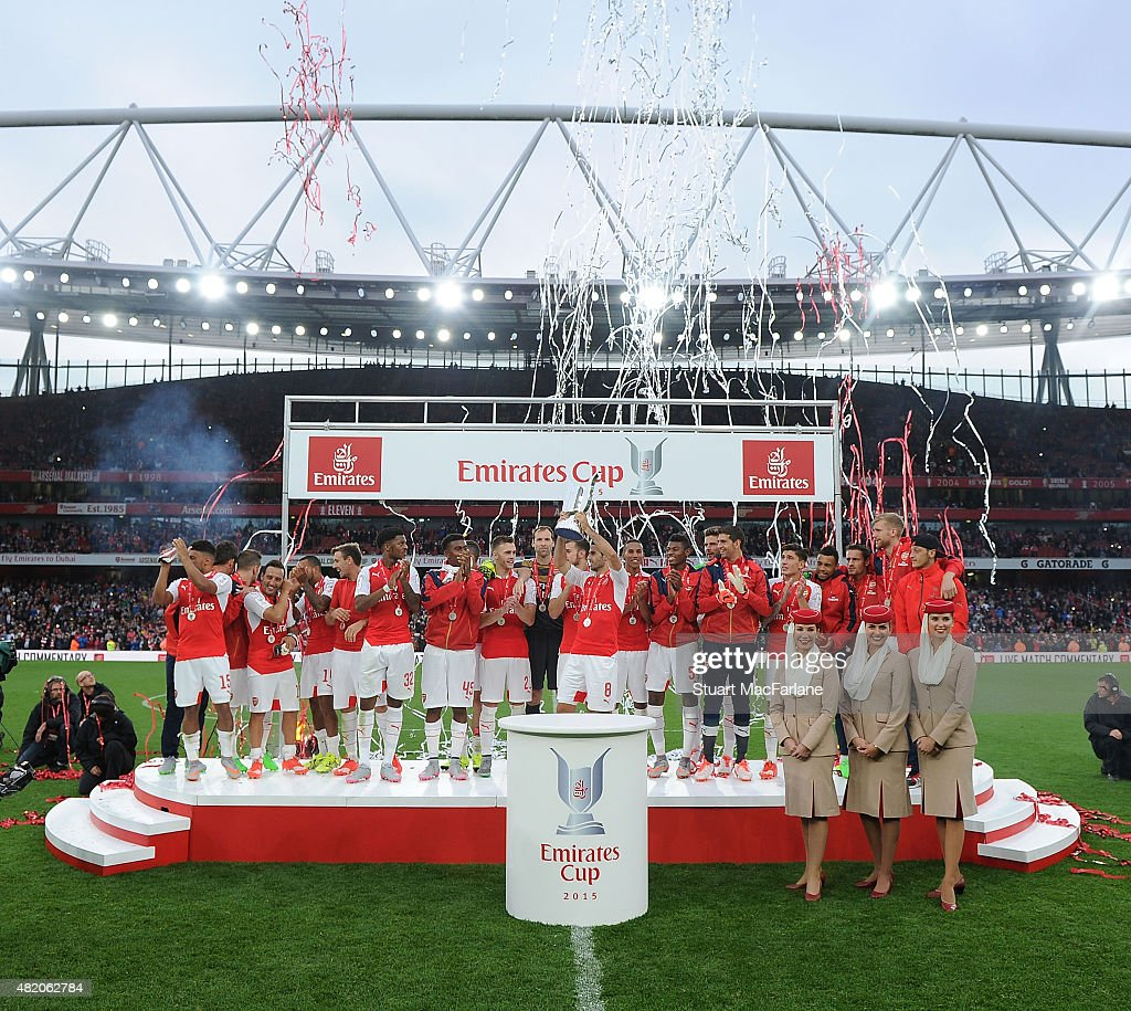 The Arsenal squad celebrate after the match between Arsenal and Wolfsburg at Emirates Stadium on July 26, 2015 in London, England.
