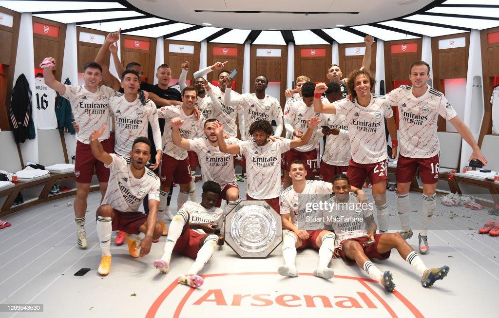 Arsenal v Liverpool - FA Community Shield : ニュース写真
