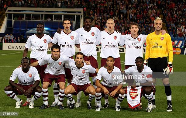 The Arsenal Team pose before the UEFA Champions League Group H Match between Steaua Bucharest and Arsenal at Steaua Stadium on October 02 2007 in...