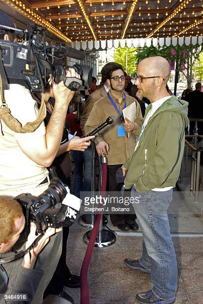 The artist Moby interviews with the media before the start of the Planned Parenthood 'Stand Up For Choice' Extravaganza on April 24 2004 in...