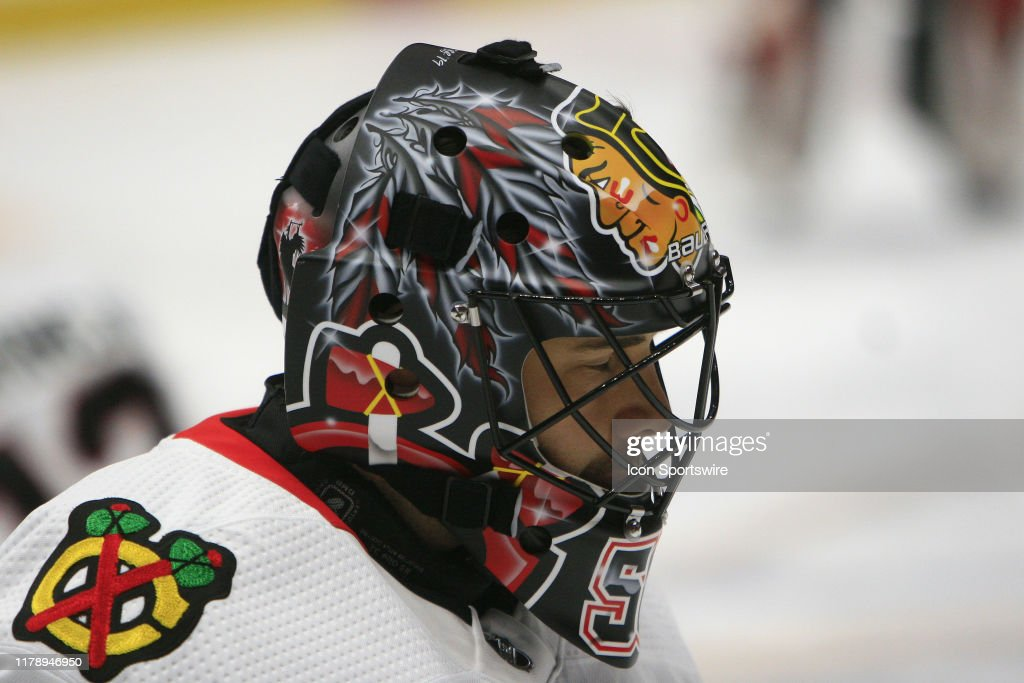 The Artwork On The Mask Of Chicago Blackhawks Goalie Corey Crawford News Photo Getty Images