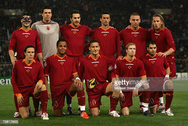 The AS Roma team line up prior to the UEFA Champions League quarter final first leg match between AS Roma and Manchester United at the Olympic...