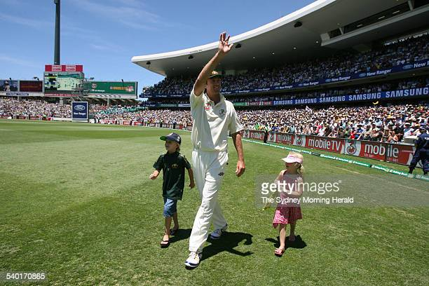 The Ashes 20062007 Retiring Australian fast bowler Glenn McGrath with his children during Australia's victory lap after Australia won the Fifth Test...