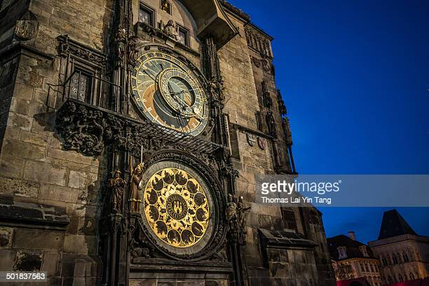 the astronomical clock in prague old town - astronomical clock prague stock pictures, royalty-free photos & images