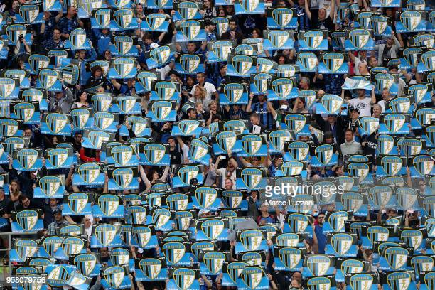 The Atalanta BC fans show their support before the serie A match between Atalanta BC and AC Milan at Stadio Atleti Azzurri d'Italia on May 13 2018 in...