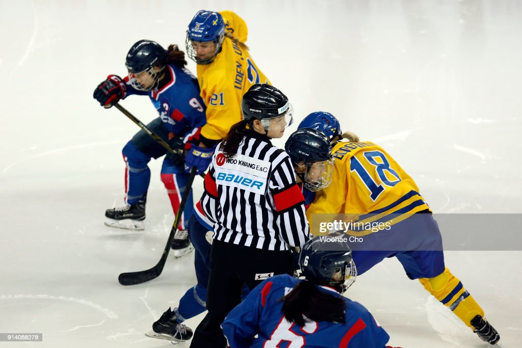 Korea Unified Team v Sweden - International Friendly Women's Ice Hockey : News Photo