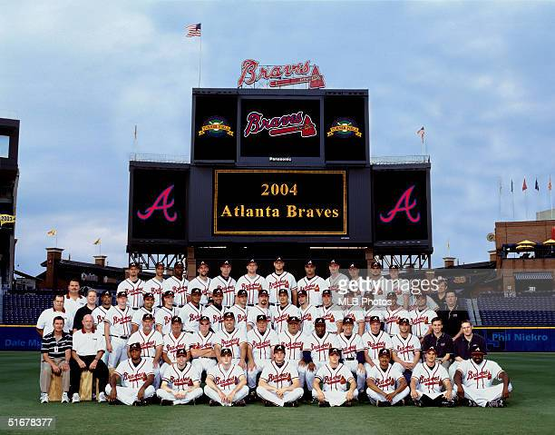 The Atlanta Braves pose for a team photo during the 2004 MLB season at Turner Field in Atlanta Georgia