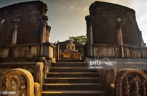 the audience hall in the ancient city in polonnaruwa. - alex saberi stock pictures, royalty-free photos & images