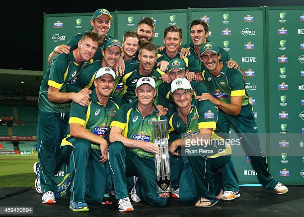 The Australian Team celebrate with the CarltonMid ODI Series trophy after game five of the One Day International series between Australia and South...