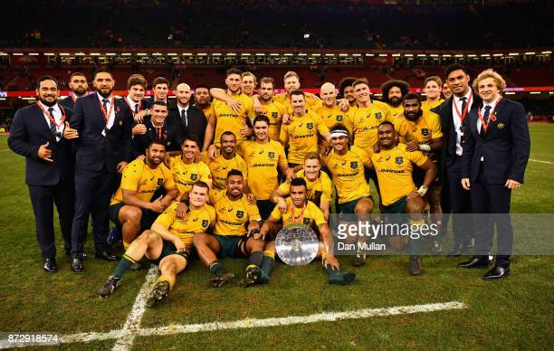 The Australian team pose for a phtot following the Under Armour Series match between Wales and Australia at Principality Stadium on November 11 2017...