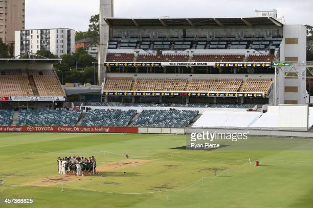 The Australian Team sing the team song on the pitch after day five of the Third Ashes Test Match between Australia and England at WACA on December 17...