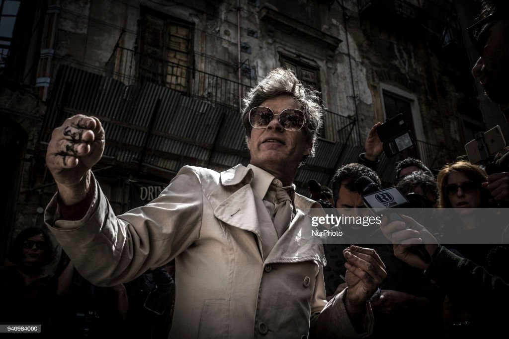Uwe Jäentsch's protest in Palermo, Sicily : Nyhetsfoto